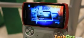 sony-ericsson-xperia-play-orange