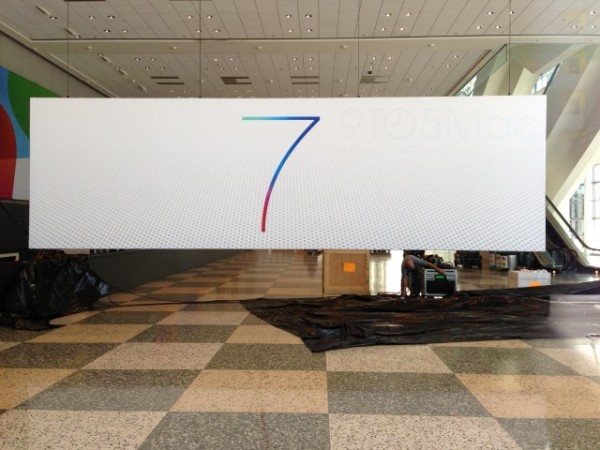 apple-wwdc-2013-show-ios7-mac-os-x-10-9-banners-1