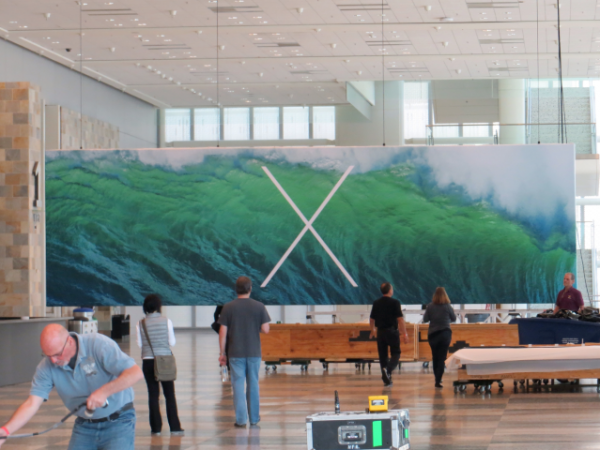 apple-wwdc-2013-show-ios7-mac-os-x-10-9-banners-2