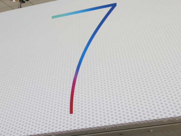 apple-wwdc-2013-show-ios7-mac-os-x-10-9-banners-5