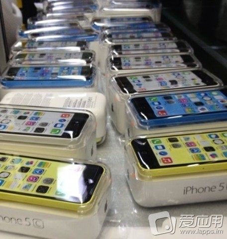 iphone-5c-package-leaked-2