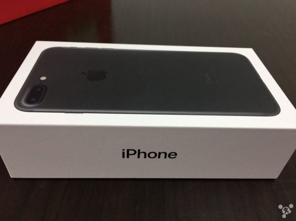 iphone-7-plus-128gb-black-unbox-8
